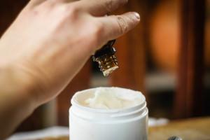 крем из эфирного масла