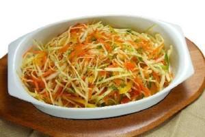 витаминный салат из пекинской капусты