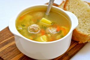 суп с тефтелями из курицы