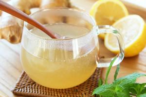 вода, лимон и мед