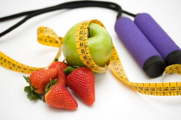 фрукты и лента