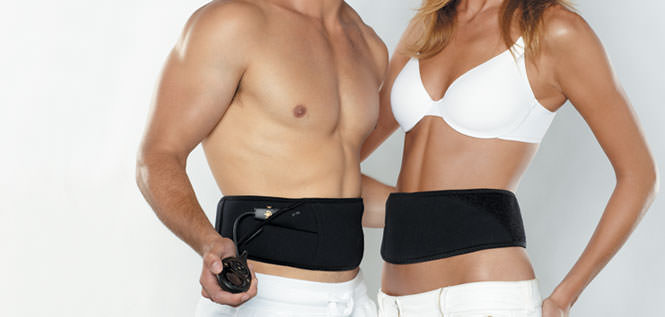 мужчина и женщина с электрическим поясом на животе